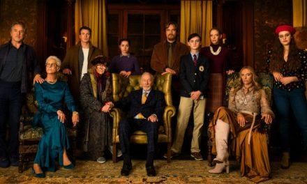'Entre Facas e Segredos': Rian Johnson retorna às raízes em grande comédia