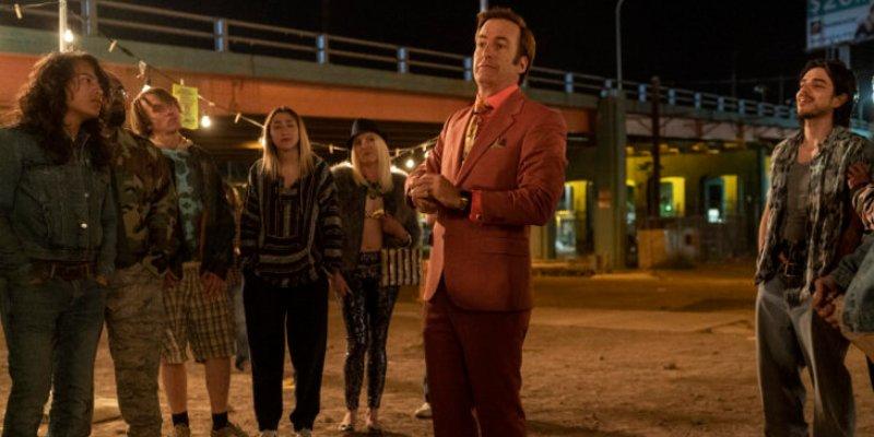 'Better Call Saul' – Episódios 5×01 e 5×02: a diversão de Saul Goodman