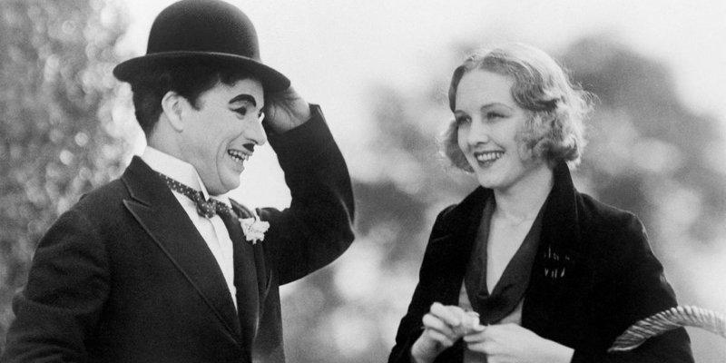 'Luzes da Cidade': Chaplin no auge diverte e emociona como nunca
