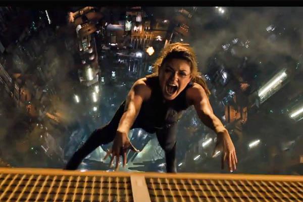 """Novo trailer de """"O destino de Júpiter"""", com Mila Kunis"""