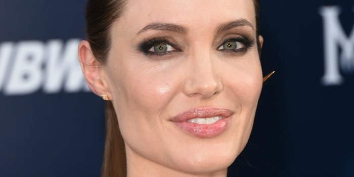Novo filme de Angelina Jolie será ambientado na África