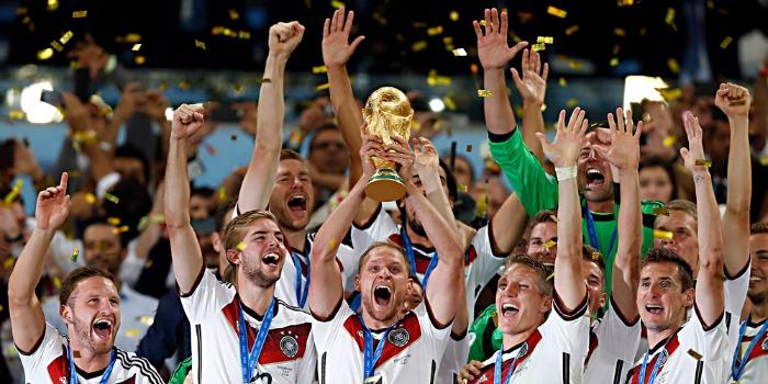 Filme sobre o título da Alemanha na Copa 2014 leva multidão aos cinemas