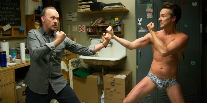 Michael Keaton e Edward Norton em Birdman