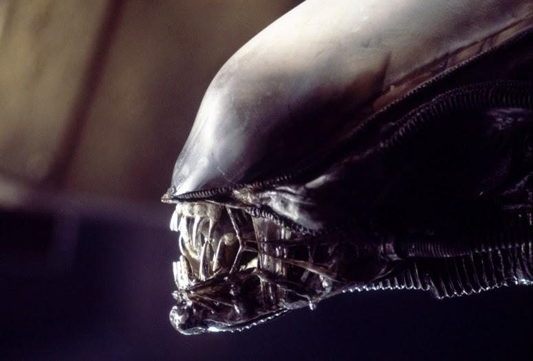 Confirmado! Neill Blomkamp vai fazer um novo filme do Alien para o estúdio Fox