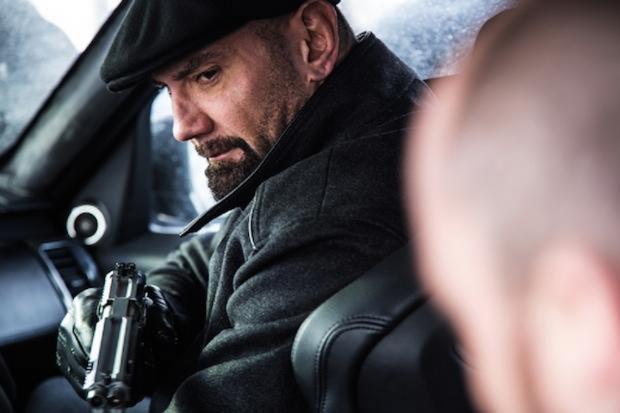 Produção do novo filme de James Bond divulga primeira imagem de Dave Bautista como vilão