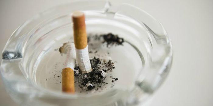 Filmes e séries com fumantes devem ter classificação para adultos, diz OMS
