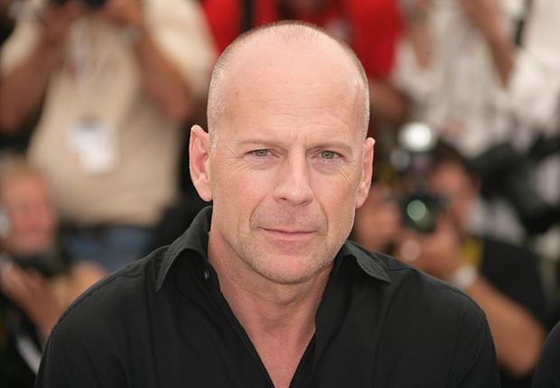 """Bruce Willis vai estrear na Broadway em adaptação do suspense """"Louca Obsessão"""" de Stephen King"""