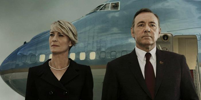 """Robin Wright exigiu da produção de """"House of Cards"""" salário equivalente ao de Kevin Spacey"""
