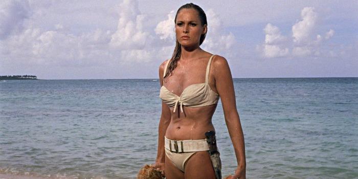 Ursula Andress afirma que Daniel Craig não é o verdadeiro James Bond