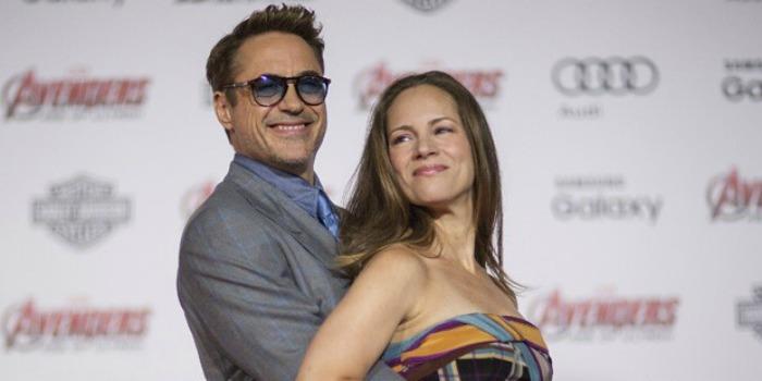 Elenco de 'Vingadores: Era de Ultron' vai à pré-estreia em Hollywood