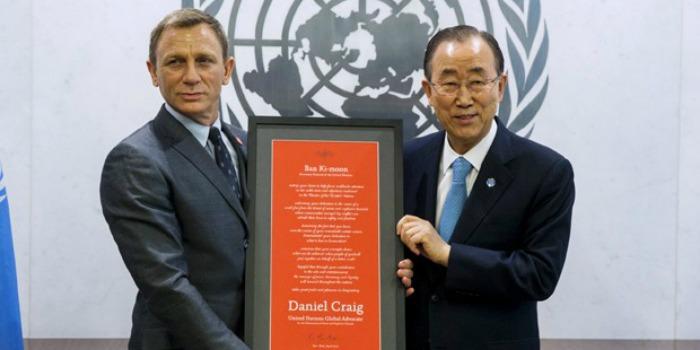 Daniel Craig recebe 'licença para salvar' como enviado da ONU