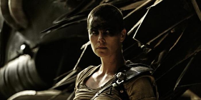 Charlize Theron vira novo alvo para ser Capitã Marvel nos cinemas