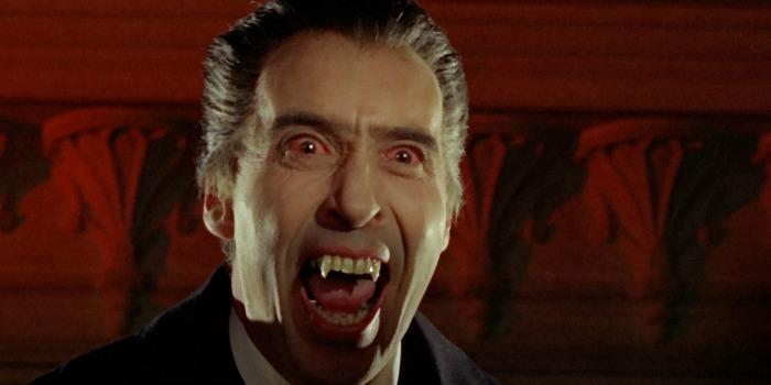 """Christopher Lee em """"Drácula: O Príncipe das Trevas"""" (1966)"""