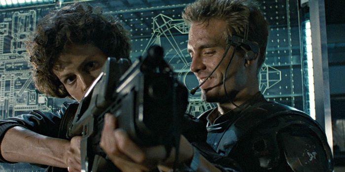 """Diretor do novo """"Alien"""" revela outra arte conceitual e diz que o projeto """"está indo bem"""""""
