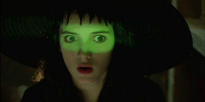 """Winona Ryder confirma participação em """"Os Fantasmas Se Divertem 2"""""""