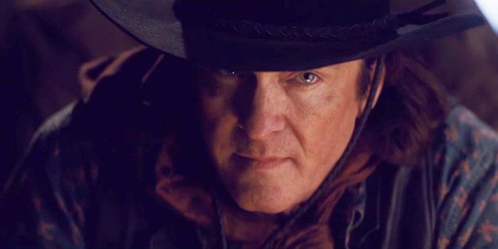 """Michael Madsen diz ter recebido o """"melhor papel"""" da vida em """"Os 8 Odiados"""""""
