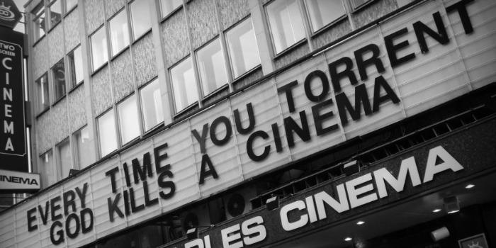 Salas de cinema VS. filme em casa: qual o valor de cada um?