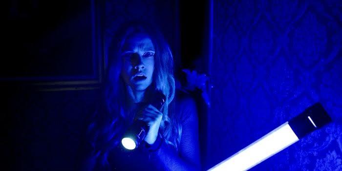'Quando as Luzes se Apagam': a Coletânea de Clichês do Horror Americano