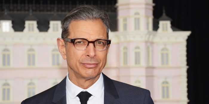 Jeff Goldblum está confirmado na sequência de 'Jurassic World'
