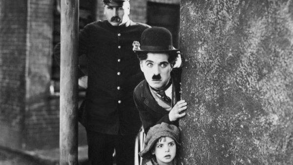 Animação adapta clássico de Chaplin para ficção científica