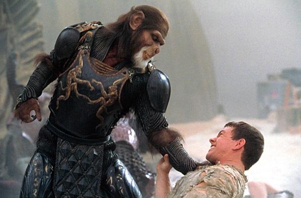 'Planeta dos Macacos': Mark Wahlberg credita a filme de Tim Burton renascimento da série