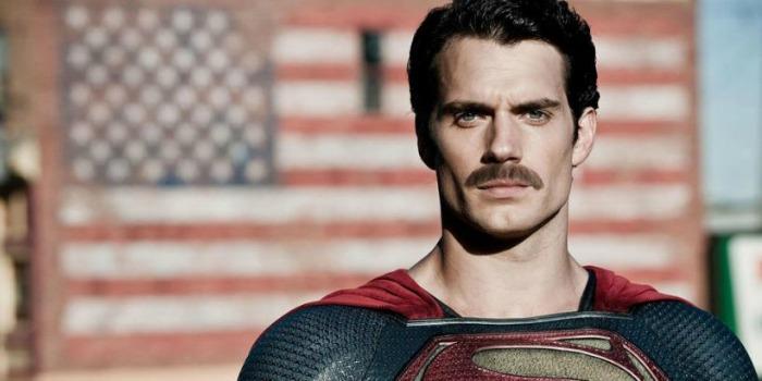 Henry Cavill fala sobre a polêmica do bigode de 'A Liga da Justiça'