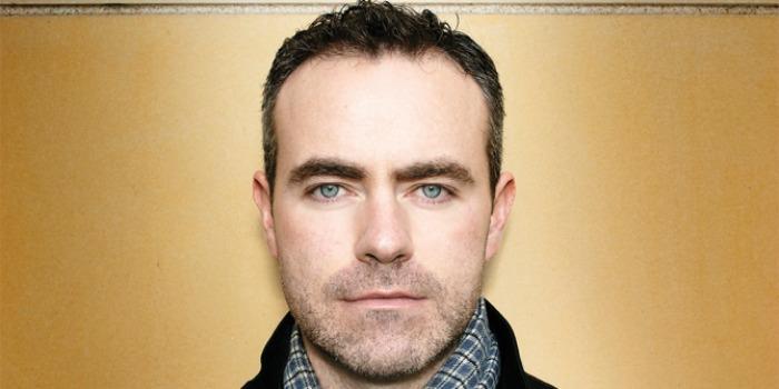 Diretor de 'Brooklyn' irá adaptar o livro 'Midwinter Break' para os cinemas
