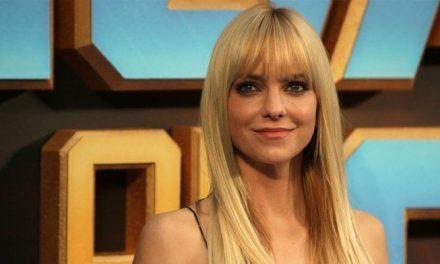 Anna Faris revela situação constrangedora feita por diretor em set de filmagem