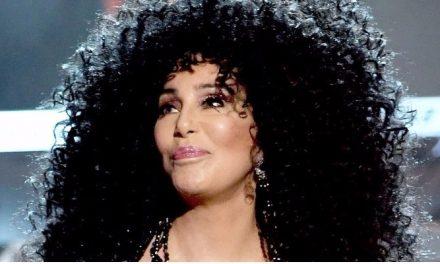 Cher lançará álbum com temas de Abba após participar de 'Mamma Mia 2'