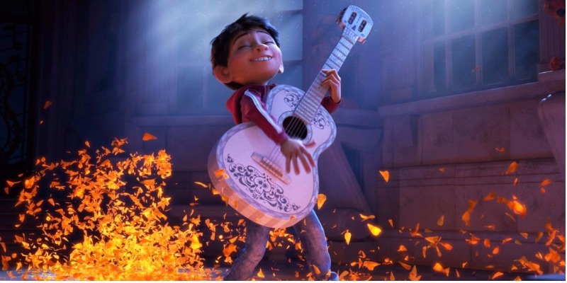 Novo filme da Pixar tira 'Liga da Justiça' nas bilheterias dos EUA