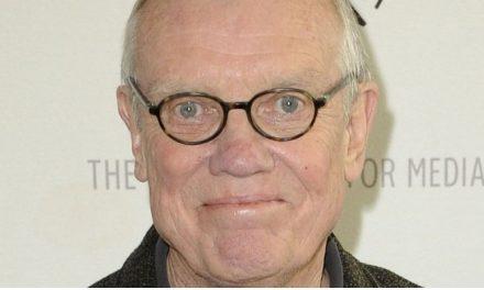 Diretor e roteirista de 'Loucademia de Polícia' morre aos 84 anos