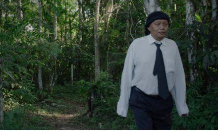'Ex-Pajé' terá estreia em Manaus e debates com diretor Luiz Bolognesi