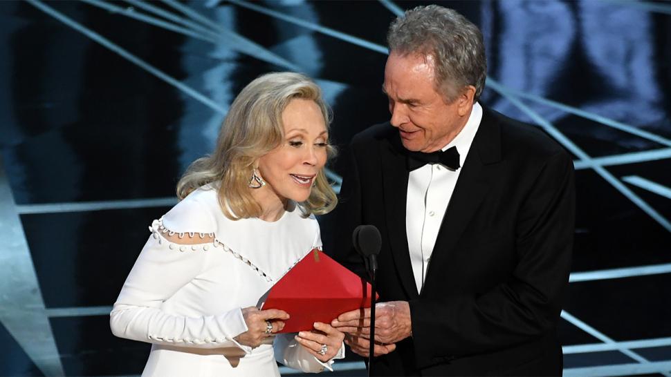 Faye Dunaway e Warren Beatty vão anunciar Melhor Filme do Oscar 2018, diz site