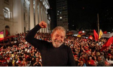 Lula promete processar Netflix por fala em episódio de 'O Mecanismo'