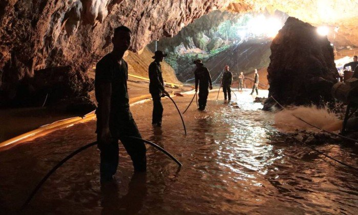 Resgate de meninos em caverna na Tailândia entra na mira de Hollywood