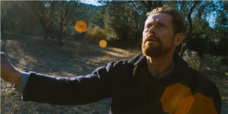 'No Portal da Eternidade': Willem Dafoe entrega atuação fantástica em cinebiografia