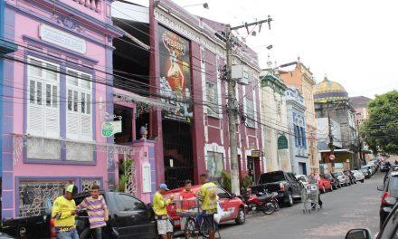 Cinemas de rua são homenageados em festival de filmes online