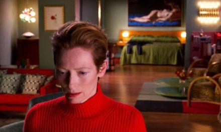 'A Voz Humana': Tilda Swinton hipnotiza em Almodóvar menor
