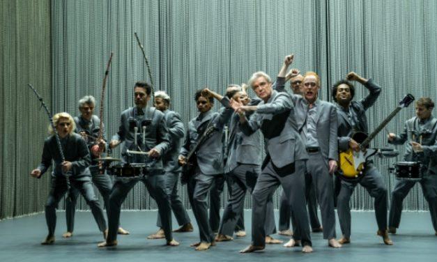 'David Byrne's American Utopia', a sequência espiritual de 'Stop Making Sense'