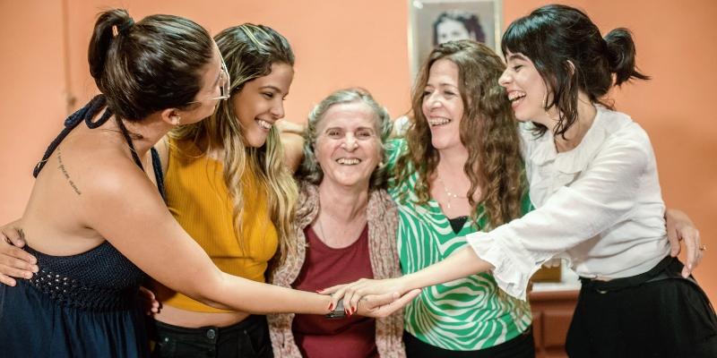 Vanessa Pimentel resgata tradição familiar na culinária em novo documentário