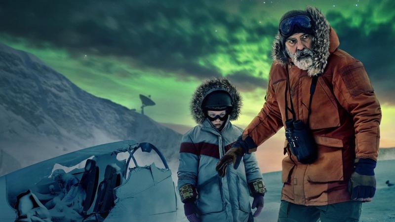 'O Céu da Meia-Noite': George Clooney testa paciência em sci-fi sofrível