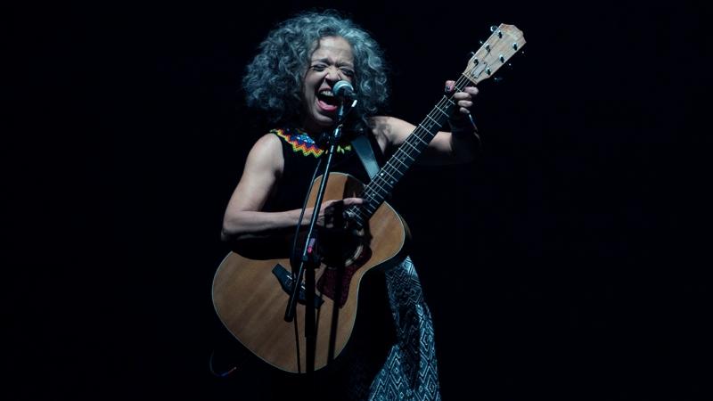 Festival 13º In-Edit Brasil consagra documentário sobre a cantora Alzira