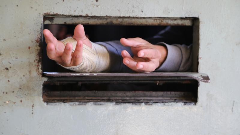 'Encarcerados': contradições do sistema prisional postas em cheque