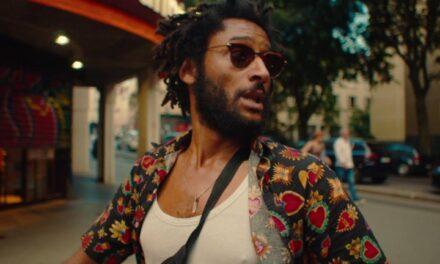 'Roaring 20s': Nouvelle Vague encontra Linklater em passeio por Paris